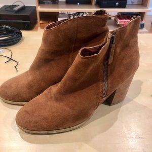 Ecote Tan Suede Heeled Booties/ Size 10